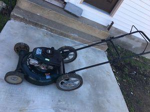 Photo Craftsman 6.0 HP 21' Mulching push Mower( Starts Right Just need Gas)