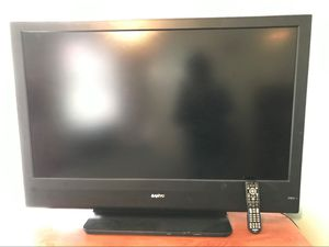 Photo 50 Inch Flat Screen TV w/ remote