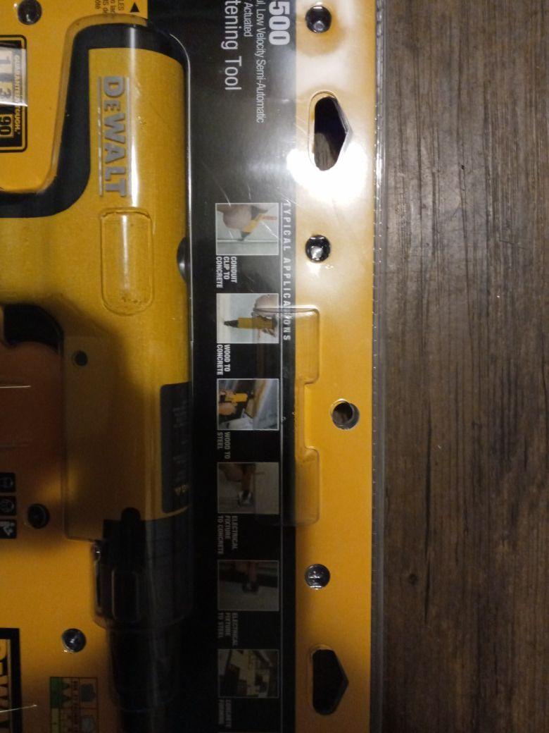 Dewalt P3500 Fastening Tool BRAND NEW