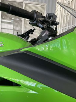 2015 Kawasaki Ninja 300 Thumbnail