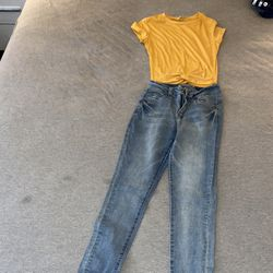 Yellow Crop Top And Light Blue Jeans Thumbnail
