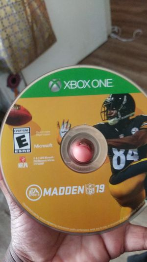 Madden 19 good condition for Xbox for Sale in Chula Vista, CA