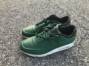 NIKE AIR MAX 90 VT QS 9.5 for Sale in Colesville, MD
