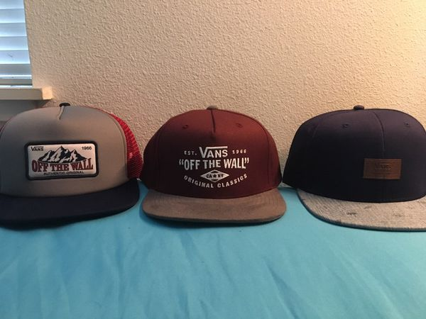 2653988e 3 vans hats for Sale in San Francisco, CA - OfferUp