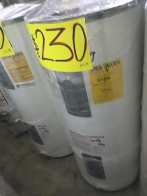 Water heater eléctrico 6 meses de garantía y también tengo for Sale in Los Angeles, CA