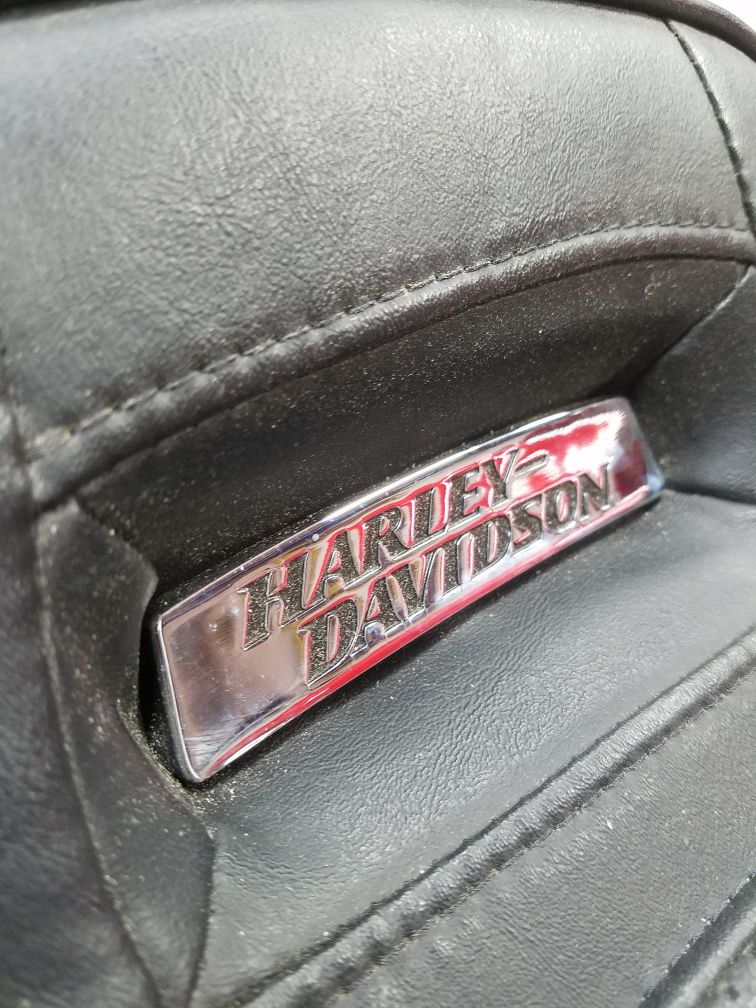 Harley Dyna seat 06 To 17 Models