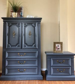 Tall dresser and nightstand for Sale in Gainesville, VA