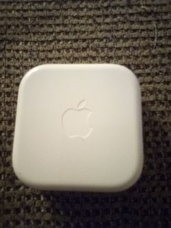 Apple earpods Thumbnail