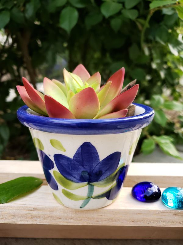 Beautiful Plant Pots Hand Made Painted 100 Colombian