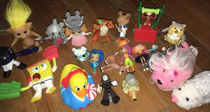 MIXED TOY FIGURE LOT GUC!! for Sale in Dundalk, MD