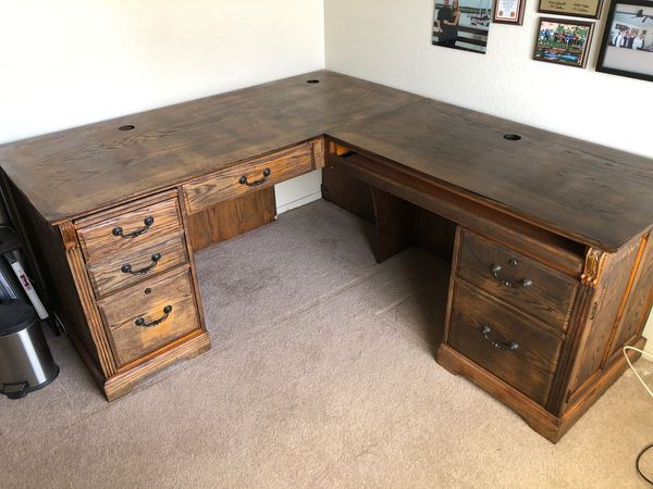 official photos a063b 122f2 Solid wood office desk for Sale in Peoria, AZ - OfferUp