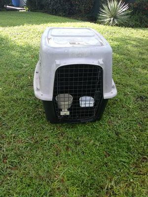 Dog cage meduim for Sale in Pinellas Park, FL