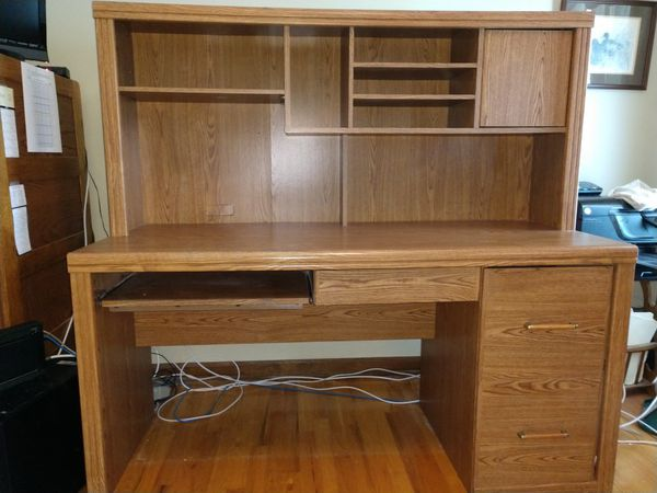 Oak Finish Desk With Hutch For Sale In Yalesville Ct