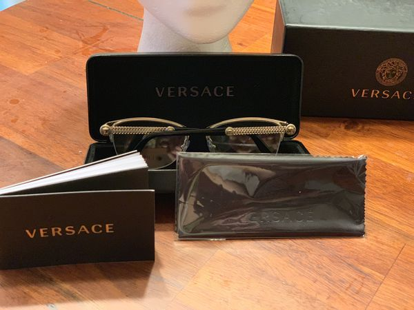 8f7ae61edd830 Versace eyeglasses for Sale in San Marcos