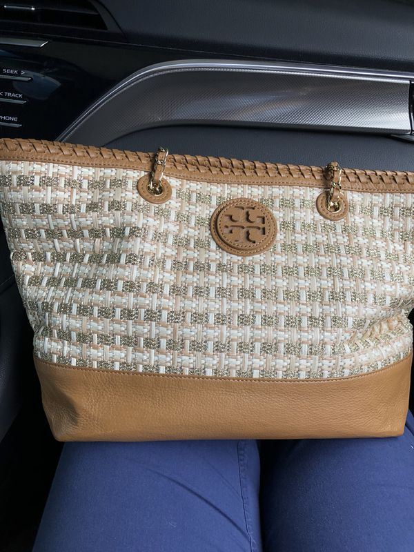 b131dddedc6 Tory Burch Marion woven straw tote for Sale in San Jose, CA - OfferUp
