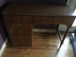 Ethan Allen Desk for Child for Sale in Great Falls, VA