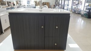 Floating 30in Bathroom Vanity with Top for Sale in Orlando, FL