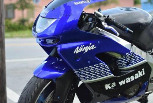 99 Kawasaki Ninja 900cc Super Bike