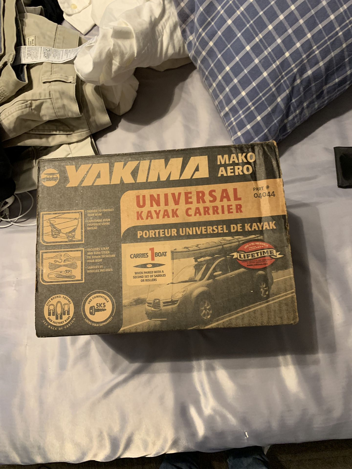 Photo Yakima kayak mount Ive never used it before. $50 if price it is negotiable though