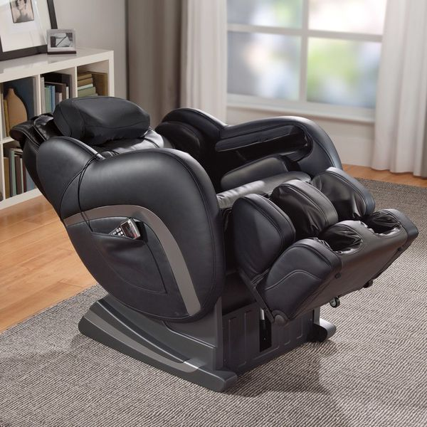 Massage Chair Brand New Condition Only Six Month Old Cost 3300