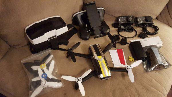 Parrot bebop 2 FPV kit, Skycontroller 2 & 3 batteries, wifi extender for  Sale in San Antonio, TX - OfferUp