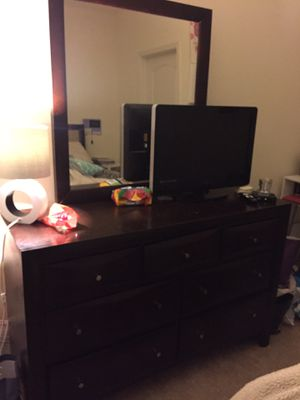 Twin bedroom set for Sale in Sterling, VA