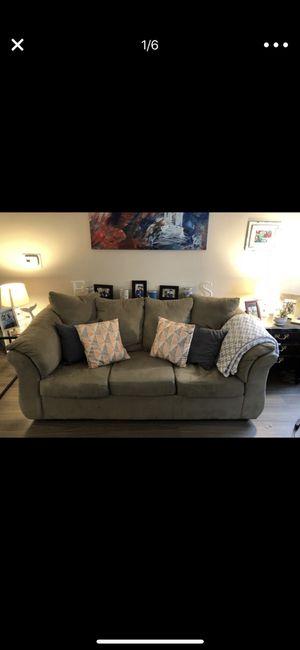 Throw pillows $30 for Sale in Alexandria, VA