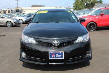 2014 Toyota Camry Thumbnail