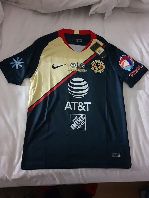 3934af21180 CLUB AMERICA SOCCER JERSEY GREAT COLOR AND DESIGN for Sale in ...