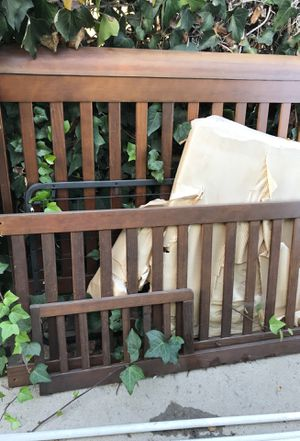 Free baby crib. for Sale in Spring Valley, CA