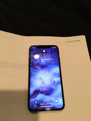 IPHONE X 256 GB BLACK WITH APPLE CARE FOR ANOTHER YEAR for Sale in Fairfax Station, VA