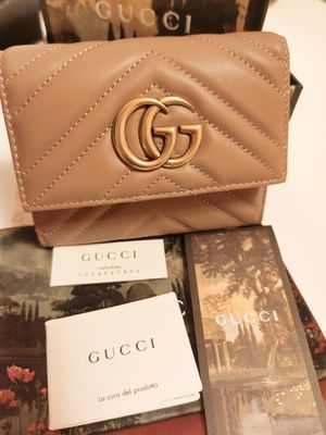 Photo Gucci wallet nude pink