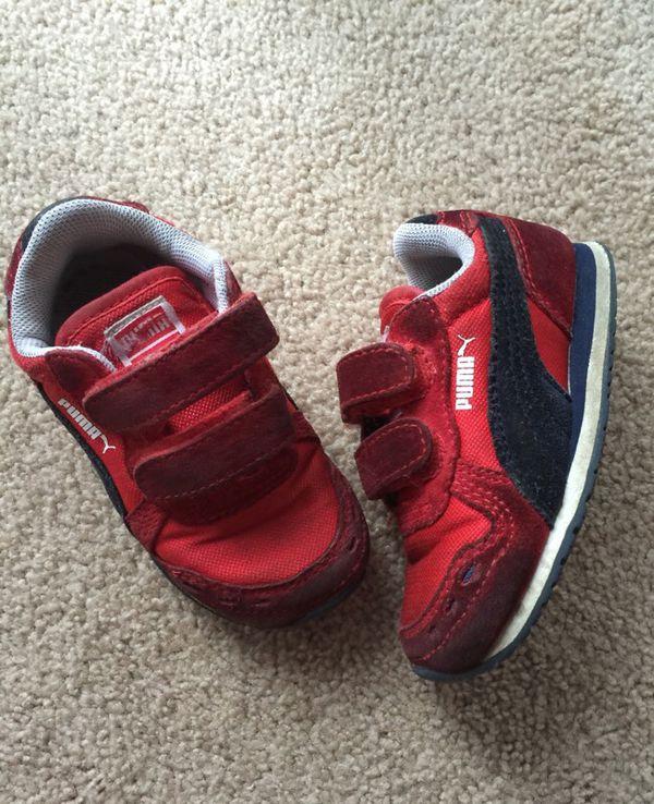 80ec70336b43 Puma Boys Shoes size 6 for Sale in Chicago Ridge
