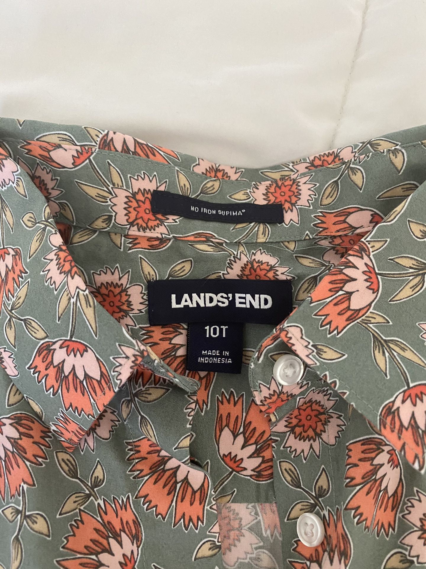 Land's End button down floral shirt