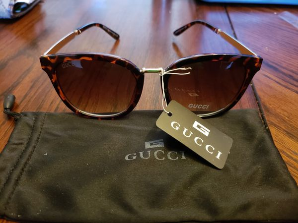 24f26067b3c Gucci. Sunglasses (women) for Sale in Euclid