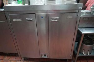 Electric plate warmer for Sale in Baltimore, MD