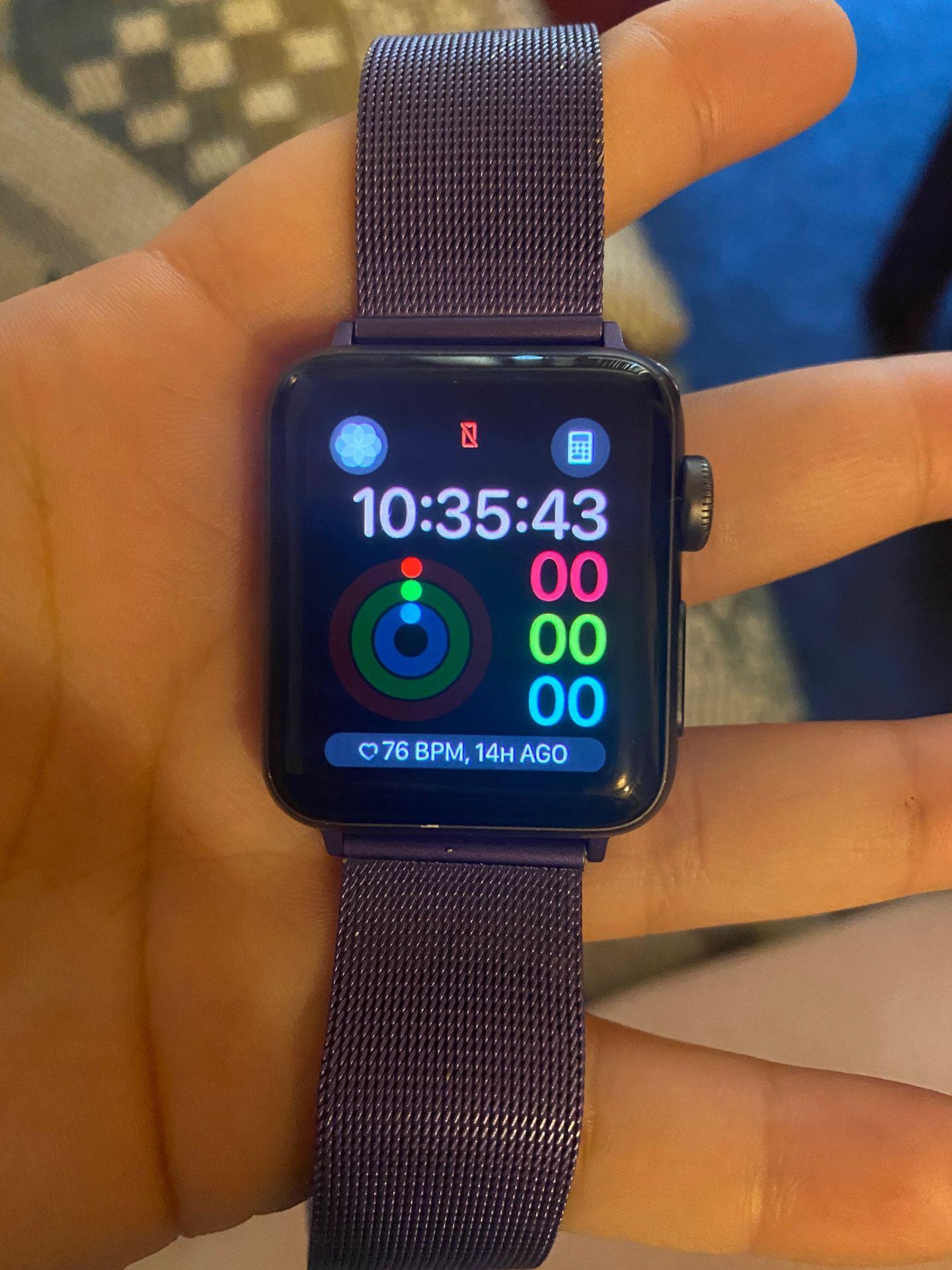 Apple Watch  Series 3 35mm + GPS