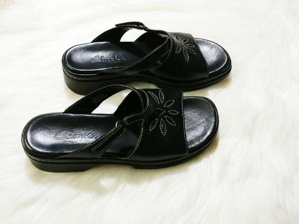 82650b7f4 Clarks Mules Sandals Floral Cut Outs SZ 7 for Sale in Phoenix
