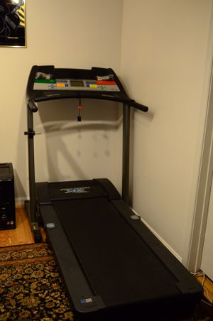 Pro-form XP 580s Cross Trainer Treadmill for Sale in Gaithersburg, MD