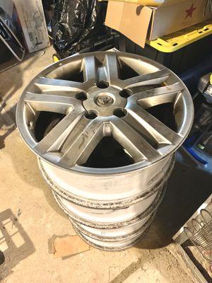 """Photo 2012 Toyota Tundra - 20"""" Alloy Wheels"""