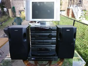 Polaroid and Sony home theater system for Sale in Washington, DC