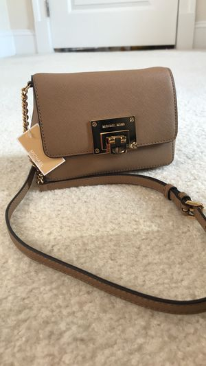Michael Kors Small Clutch for Sale in Springfield, VA