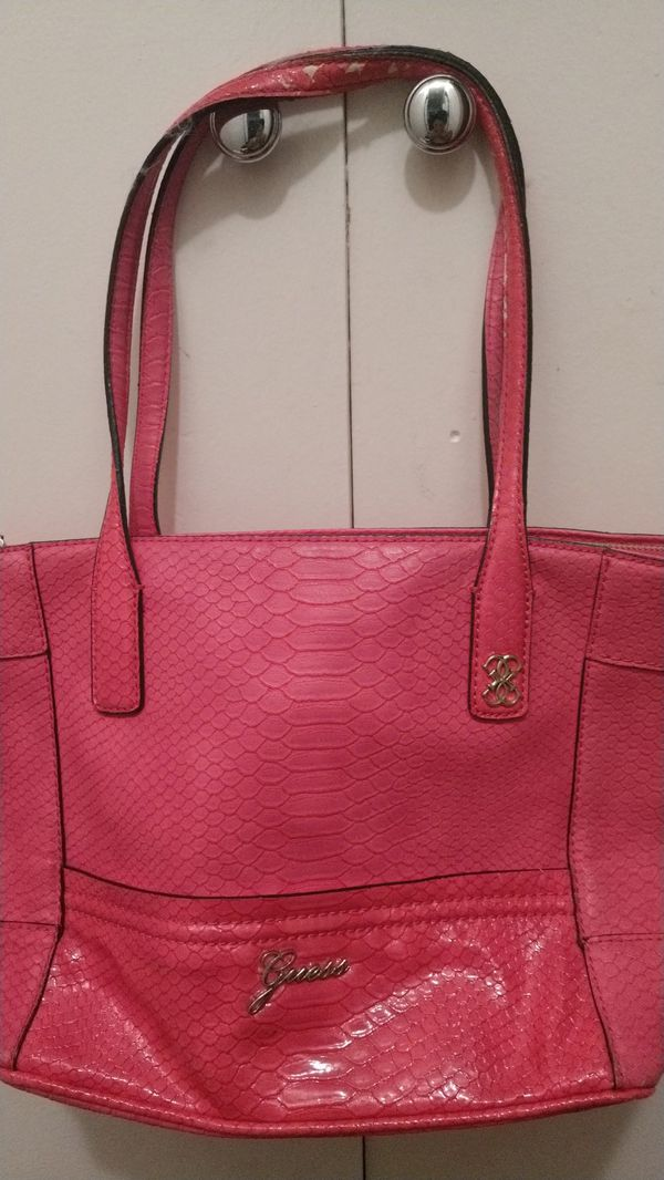2fdc8b8dc8d1 Pink Guess purse for Sale in Chino