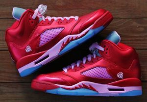 NEW Retro Air Jordan V 5 Valentine Sz 7Y 7 GS WMN 8.5 for Sale in Carson, CA