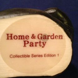 Cute Resin Bear with Balloons Collection Series Number One from the Home and Garden parties Thumbnail