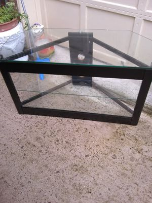 """Metal and glass TV stand 42"""" for Sale in Alexandria, VA"""