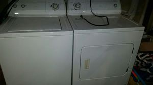 Whirlpool matched washer & gas dryer for Sale in Las Vegas, NV