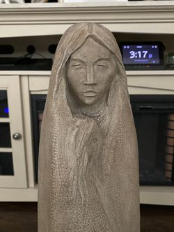 Mother & Child Statue (OBO) Thumbnail