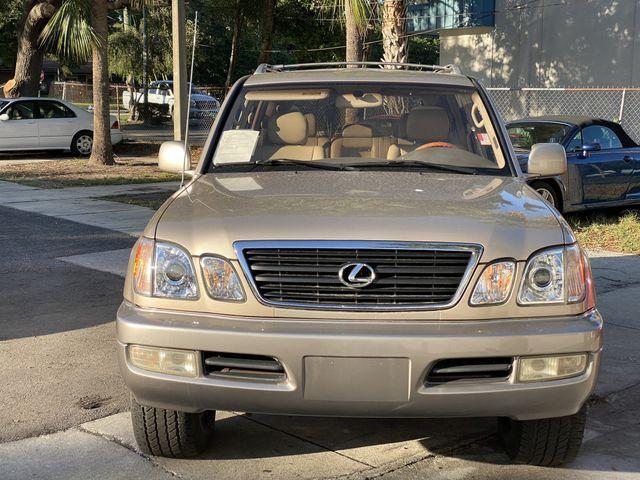 2000 Lexus LX