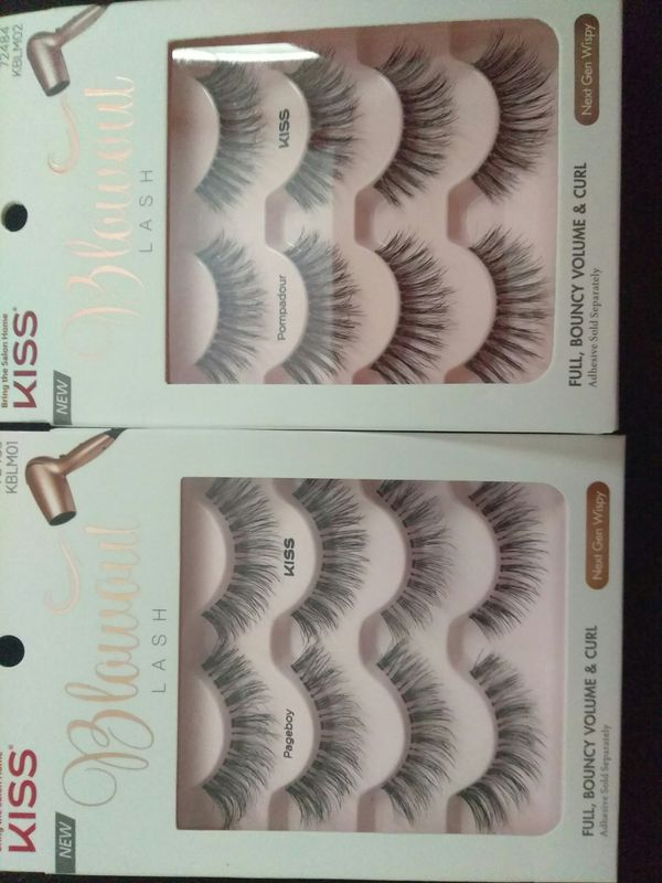 f97a3153bbd KISS BLOWOUT EYELASHES for Sale in Los Angeles, CA - OfferUp
